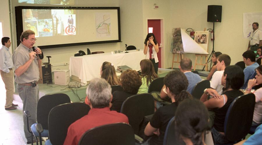 Primeiras aulas no campus da USP na zona leste - Foto: Cecília Bastos/USP Imagens