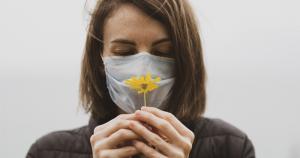 Pesquisa no HC indica bons resultados na recuperação do olfato pós-covid
