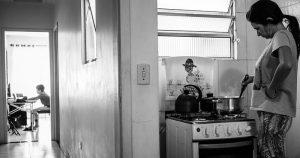 Isolamento social foi vital no início da pandemia