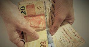 Estudo propõe tributação de altas rendas para prorrogar auxílio emergencial