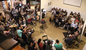 Festival de divulgação científica troca mesa de bar pelo ambiente virtual