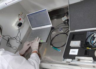 O funcionamento básico do equipamento em laboratório já foi comprovado. No momento, os responsáveis pelo GRAPH Covid-19 estão trabalhando na validação de diagnóstico do Sars-Cov-2 - Foto: Divulgação