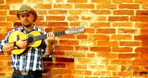 Junior da Violla interpreta clássicos do sertanejo