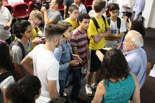 alunos - Foto: via Assessoria de Comunicação - IFSC/USP