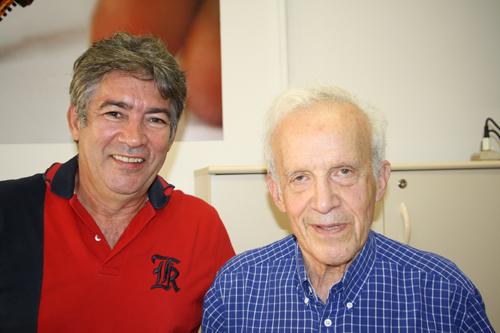 O reencontro entre o Prof. Dr. Jarbas Caiado de Castro Neto e o seu ex-orientador do MIT, Prof. Daniel Kleppner - Foto: via Assessoria de Comunicação - IFSC/USP