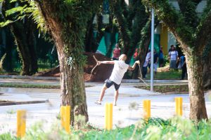 Mais conselheiros relatam agressões de manifestantes