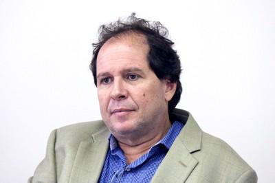 Norberto Peporine Lopes, professor da Faculdade de Ciências Farmacêuticas de Ribeirão Preto - Foto: Assessoria de Comunicação