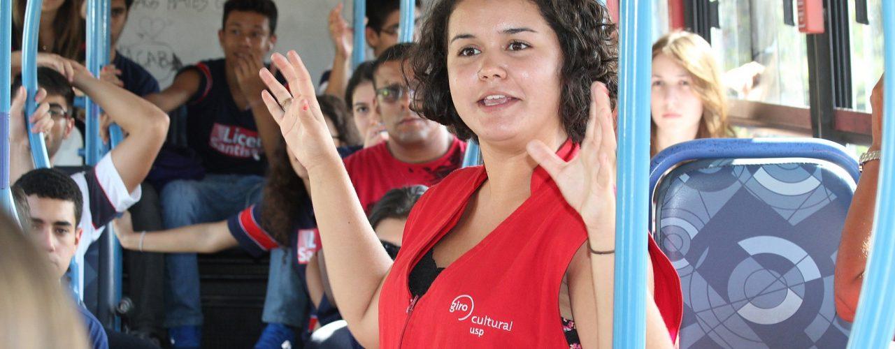 Passeios promovidos pela USP levam público para conhecer a CUASO e São Paulo