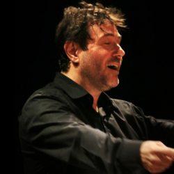 """Maestro Rubens Russomanno Ricciardi:  """"Somos uma orquestra acadêmica e toda a programação é pública, gratuita e acessível"""" - Foto André Estevão"""