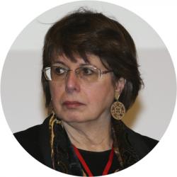 Maria Luiza Tucci Carneiro durante  seminário Vozes do Holocauto: Testemunhos de sobreviventes poloneses, ecos e silêncios de um genocídio - Foto: Cecília Bastos