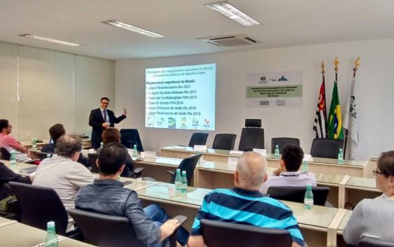 Professor Ricardo Uvinha falou sobre os legados dos megaeventos esportivos no Brasil