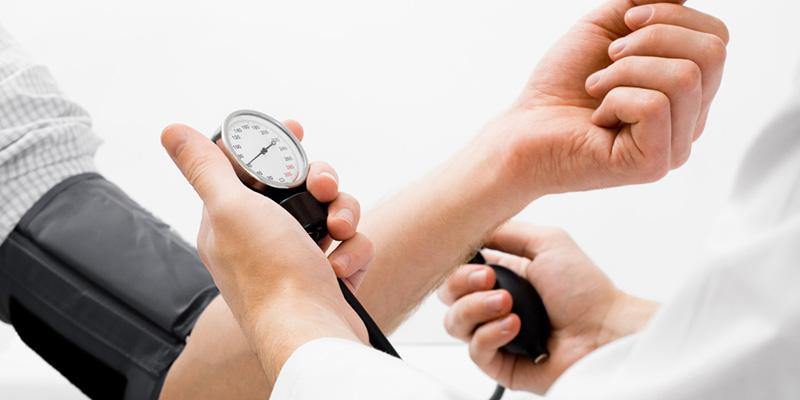 Adultos que nasceram de cesárea têm maior chance de se tornarem hipertensos