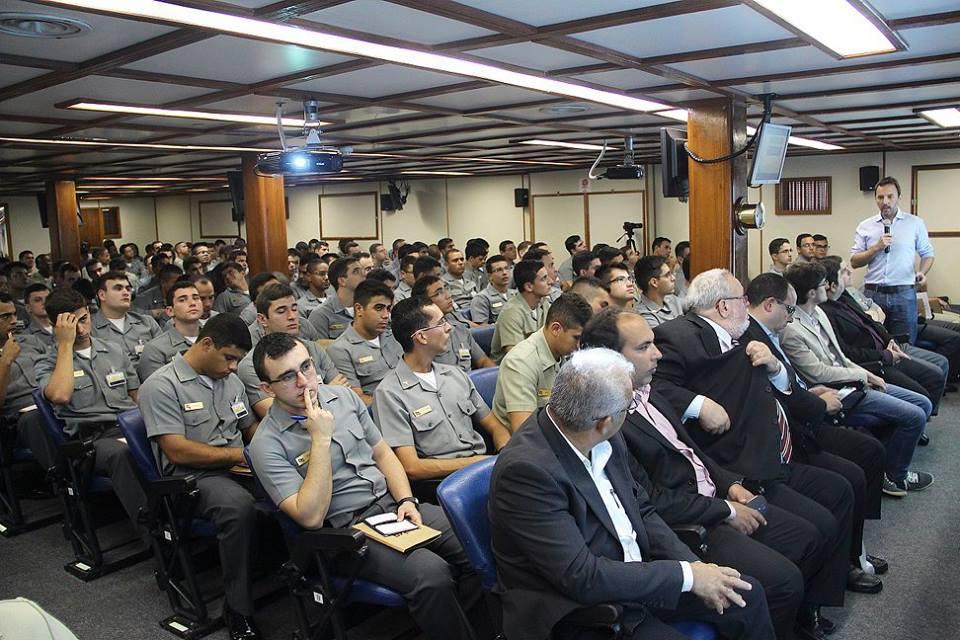 Guardas-marinha assistem palestra do projeto Pé de Meia - Foto: Divulgação