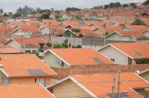 Na pandemia, contratos de gaveta dificultam a vida dos brasileiros