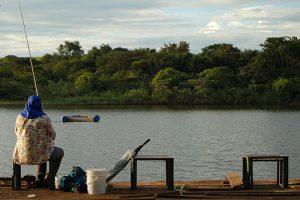 Pesquisa revela contaminação das águas dos pesqueiros, no Ambiente É o Meio